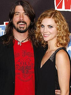 Rocker Dave Grohl: New Daughter Is &#39;Loud as Hell&#39;