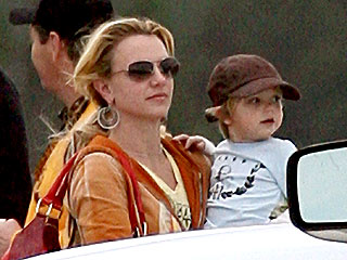 Britney Spears Brings Her Boys to Louisiana| Britney Spears