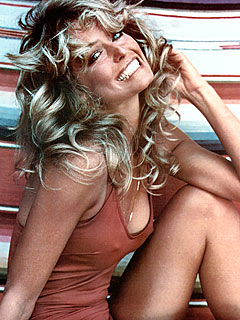 Photog Recalls Shooting Farrah&#39;s Iconic Poster | Farrah Fawcett