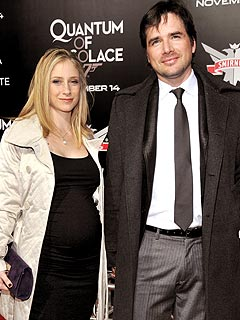 Gossip Girl Star 'Excited,' But 'Not Ready' for Baby