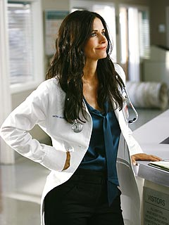 PHOTO: Courteney Cox Arquette Scrubs Up to Play Doctor