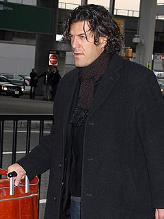 Shania Twain Arrives in New York with Surprising Companion| Breakups, Music News, Shania Twain