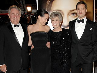 Brad & Angelina Double Date – with His Parents!