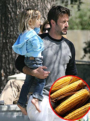 DAVID ARQUETTE AND COCO photo | David Arquette