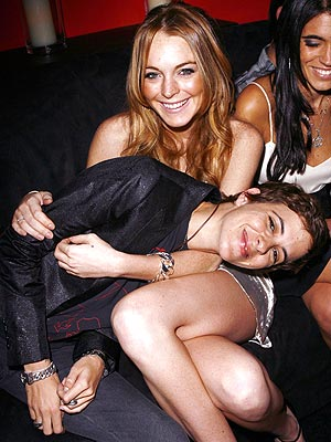 LAPPING IT UP photo | Lindsay Lohan, Samantha Ronson