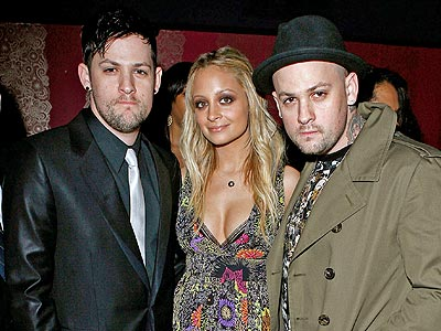 FAMILY OUTING photo | Benji Madden, Joel Madden, Nicole Richie