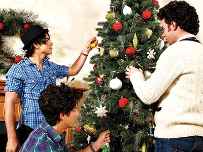 'TIS THEIR SEASON photo | Joe Jonas, Jonas Brothers, Nick Jonas