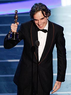 Daniel Day-Lewis, No Country Win Top Oscars | Daniel Day-Lewis