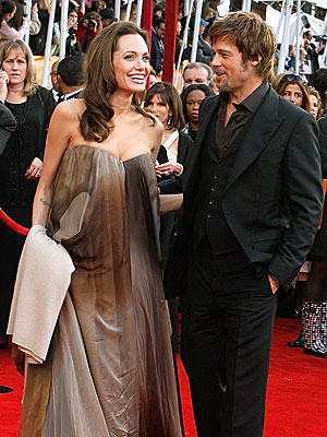 angelina jolie and brad pitt baby. with hunk Brad Pitt#39;s baby