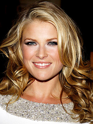 HAIR APPARENT  photo | Ali Larter