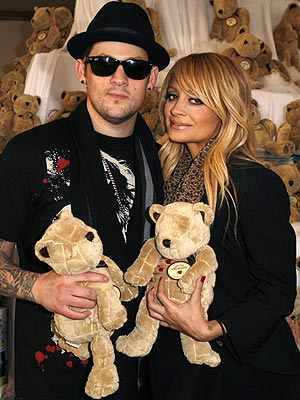 Nicole Richie & Joel Madden photo | Joel Madden, Nicole Richie