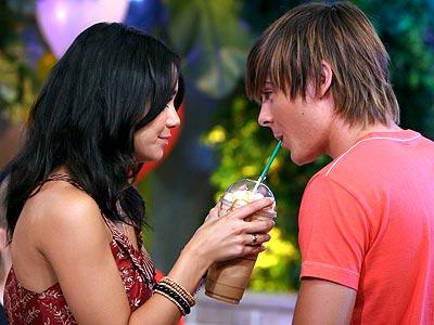 Zac Efron & Vanessa