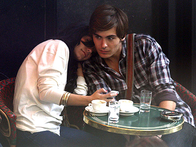 ZAC & VANESSA: PARIS  photo | Vanessa Hudgens, Zac Efron