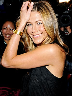23. BECAUSE … COME ON, JUST LOOK AT HER photo | Jennifer Aniston