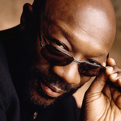 http://img2.timeinc.net/people/i/2008/specials/yearend/tribute/isaac_hayes400.jpg