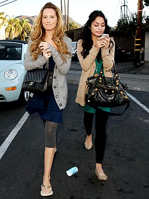 SHOP GIRLS photo | Ashley Tisdale, Vanessa Hudgens