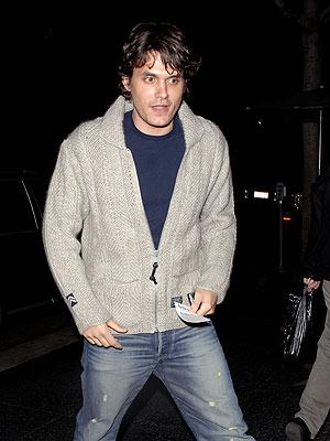 DEFENSIVE LINEMAN photo | John Mayer