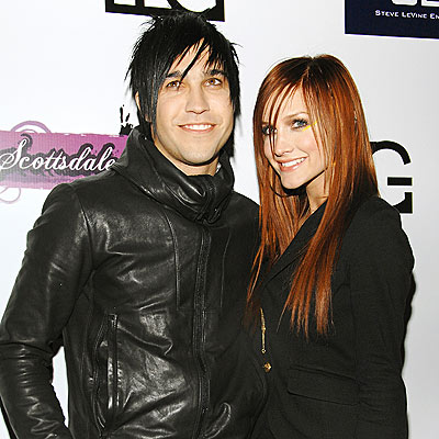 'SUPER' HEADLINER photo | Ashlee Simpson, Pete Wentz