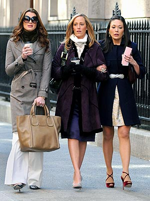 POWER OF THREE photo | Brooke Shields, Kim Raver, Lindsay Price