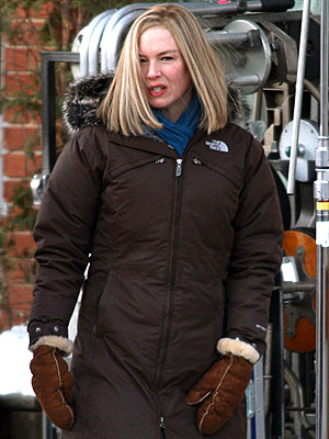 SNOW GEARED UP photo | Renee Zellweger