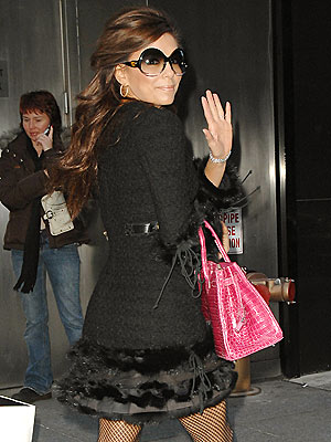PINK BAG LADY photo | Eva Longoria