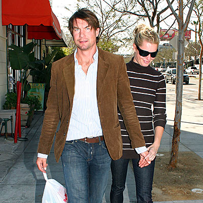 SUSHI TO GO photo | Jerry O'Connell, Rebecca Romijn