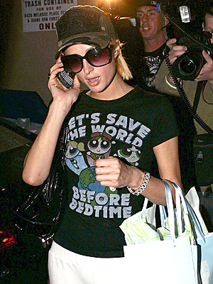 TEE TALK photo | Paris Hilton