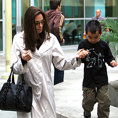 HAND IN HAND photo | Angelina Jolie, Maddox Jolie-Pitt