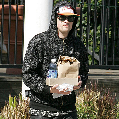 DELIVERY BOY photo | Joel Madden