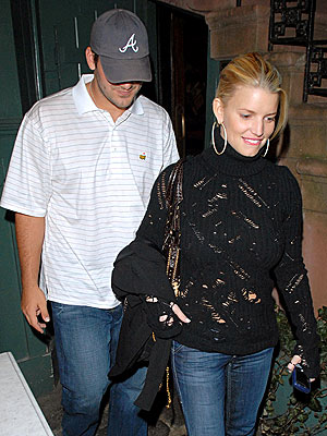 DINER'S CLUB photo | Jessica Simpson, Tony Romo