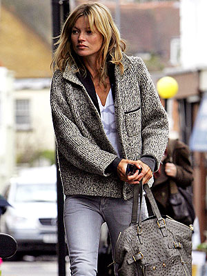 CASUAL COLLECTION photo | Kate Moss