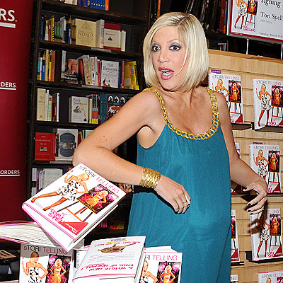 SPELLING ERROR  photo | Tori Spelling