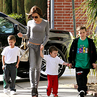 FAMILY TIES photo | Victoria Beckham