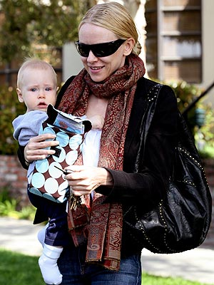 Celebrity Kids, Naomi Watts 1 Comment »