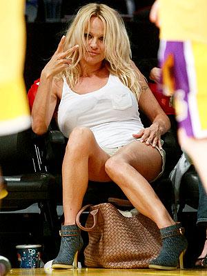 SPECTATOR SPORT photo   Pamela Anderson