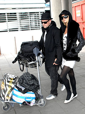 SHE'S WITH THE BAND photo | Benji Madden, Paris Hilton