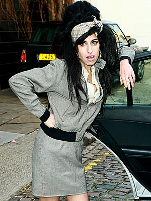 LADY-IN-WAITING photo | Amy Winehouse