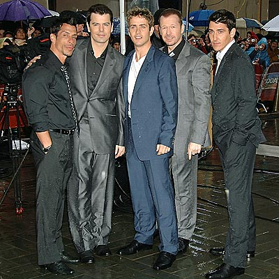 HANGIN' TOUGH photo | Danny Wood, Donnie Wahlberg, Joey McIntyre, Jonathan Knight, Jordan Knight