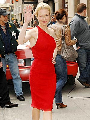 LADY IN RED photo | Renee Zellweger