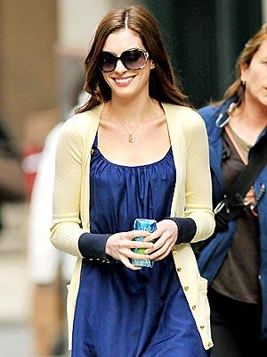 HEALTH NUT  photo | Anne Hathaway