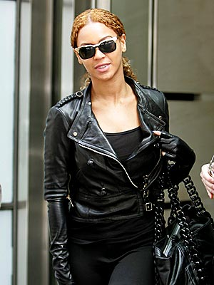 THE GLOVED ONE photo | Beyonce Knowles