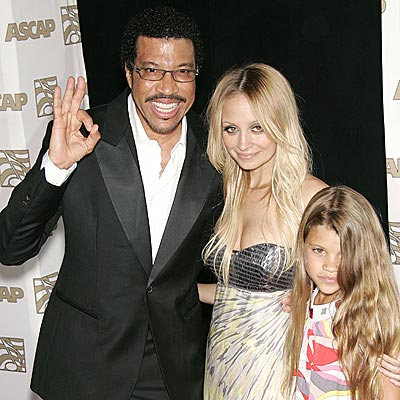 FATHER FIGURE photo | Lionel Richie, Nicole Richie