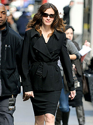 STRIDE RIGHT photo | Julia Roberts