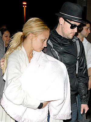 UP, UP & AWAY photo | Joel Madden, Nicole Richie