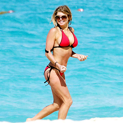 GO WITH HER GUT photo | Fergie