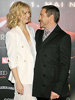 FACE TO FACE photo | Gwyneth Paltrow, Robert Downey Jr.