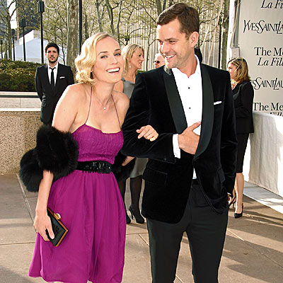 ARM CANDY photo | Diane Kruger, Joshua Jackson