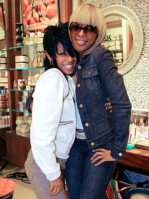 SHOPPING BUDDIES photo | Jada Pinkett Smith, Mary J. Blige