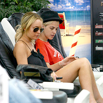 SPA DAY photo | Lindsay Lohan, Samantha Ronson