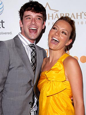 WINNING SMILES photo | Becki Newton, Michael Urie